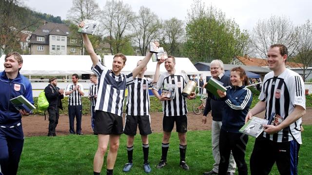 So sehn Sieger aus - Burgau II gewinnt im Fußball