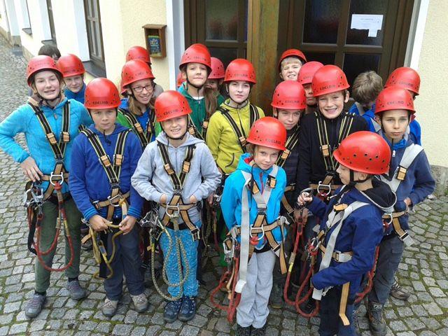 Die Teilnehmer kurz vor einer Kletterparty