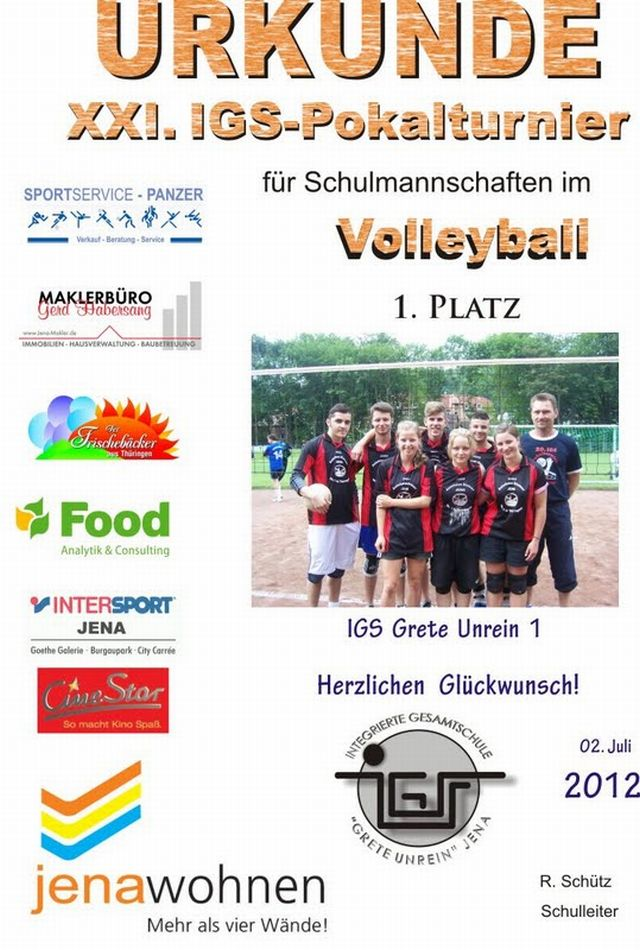 Die 1. Mannschaft unserer Schule, bestens betreut von ihrem Trainer Holger Brand, holt den Sieg an die IGS zurück.