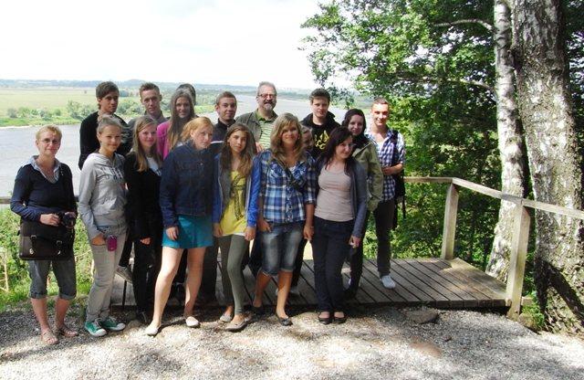 Auf historischen Spuren in Litauen, mit dabei - litauische Schüler