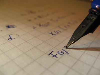 Konzentration während der Prüfungen + Vertrauen auf das eigene Wissen. Dann klappt's