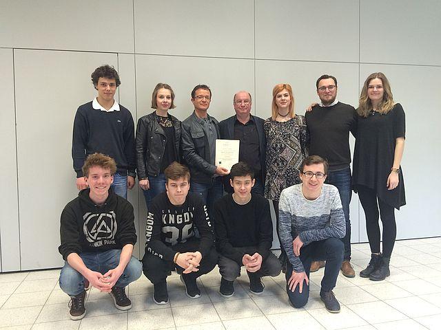 Teilnehmer der Schulbrücke Europa der IGS gemeinsam mit den Projektleitern Dr. Frithjof Reinhardt und Thomas von der Gönna